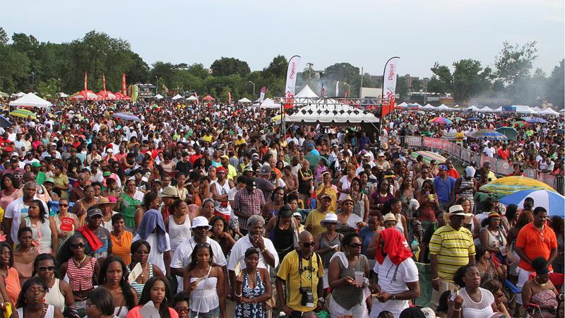 Os festivais de jerk food são tradicionais na Jamaica  |  foto: reprodução internet
