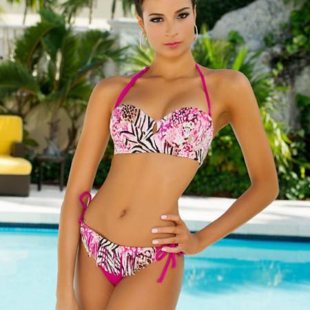 Kaci Fennell foi a preferida do público no concurso Miss Universo | foto: reprodução internet