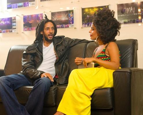 Julian Marley fala com exclusividade à apresentadora do Jamaica Experience TV, Magá Moura. | Foto: Ricardo Canhoto - Jamaica Experience