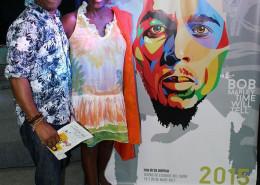 """Freestylee e a professora e escritora jamaicana Carolyn Cooper na exposição """"Bob Marley Time Will Tell"""", na Casa De Las Américas, em Havana, Cuba."""
