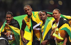 Os velocistas jamaicanos foram recordistas mundiais no revezamento 4x100m em Londres 2012.  |  foto: reprodução internet