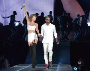 OMI foi convidado especial de Taylor Swift em San Diego.  |  foto: reprodução internet
