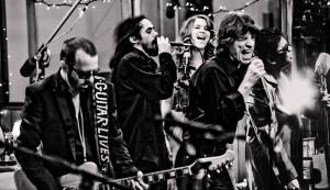 O SuperHeavy reuniu rock, blues, pop, soul, jazz e reggae. | foto: divulgação