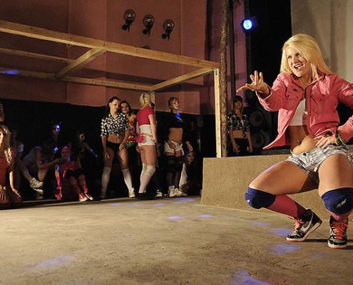 Ensaio de dancehall na Polônia | foto: reprodução internet