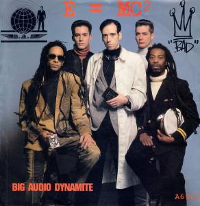 Letts foi um dos vocalistas do BAD - Big Audio Dynamite.  |  foto: reprodução internet