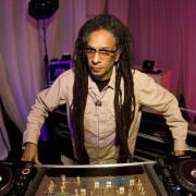 O cineasta, DJ e músico Don Letts. | foto: reprodução internet